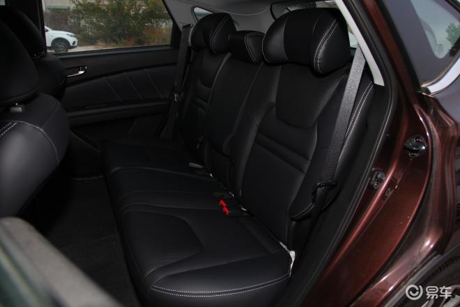 优6 SUV优6 SUV后排座椅