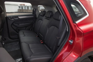 RX5后排座椅