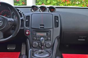 日产370Z中控台整体图片