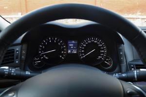 英菲尼迪Q70L仪表盘图片