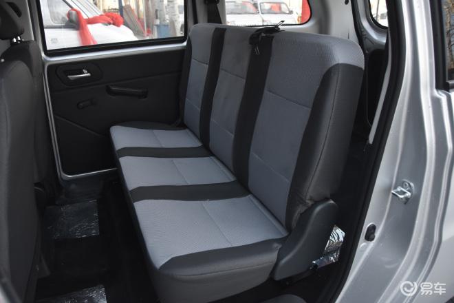 睿行S50睿行S50后排座椅