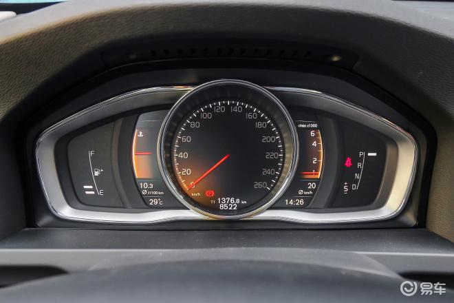 沃尔沃V60V60仪表盘