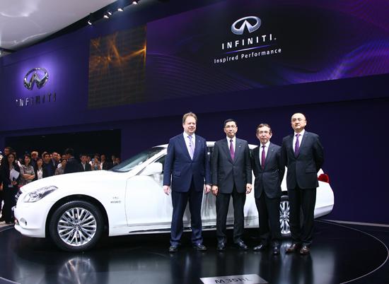 英菲尼迪M长轴距版2012北京车展全球首发