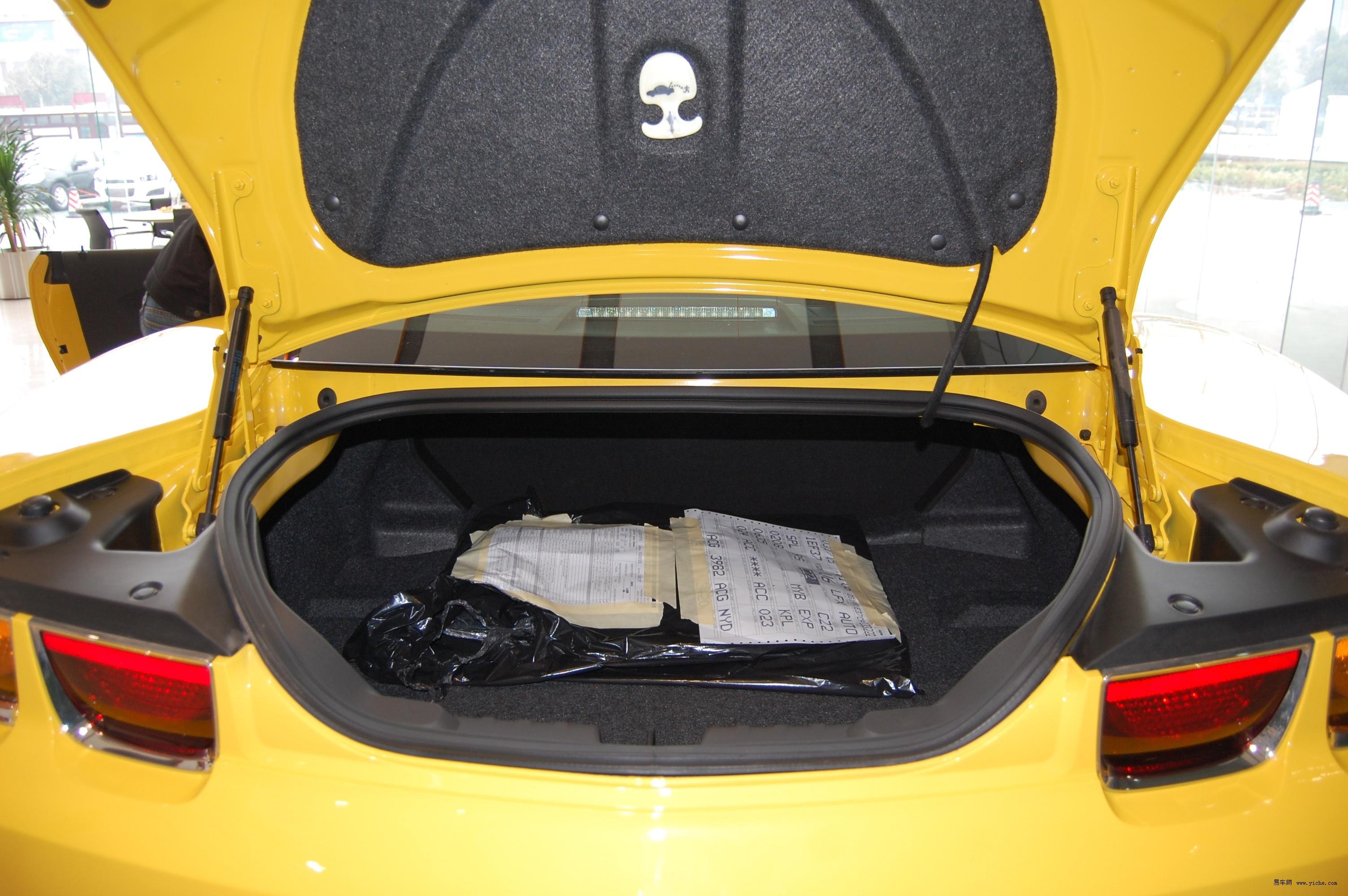 美式肌肉车大黄蜂登陆 2012款科迈罗实拍 高清图片