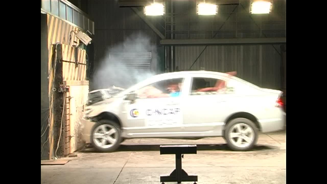 东风本田思铭C-NCAP安全测试 正面碰撞