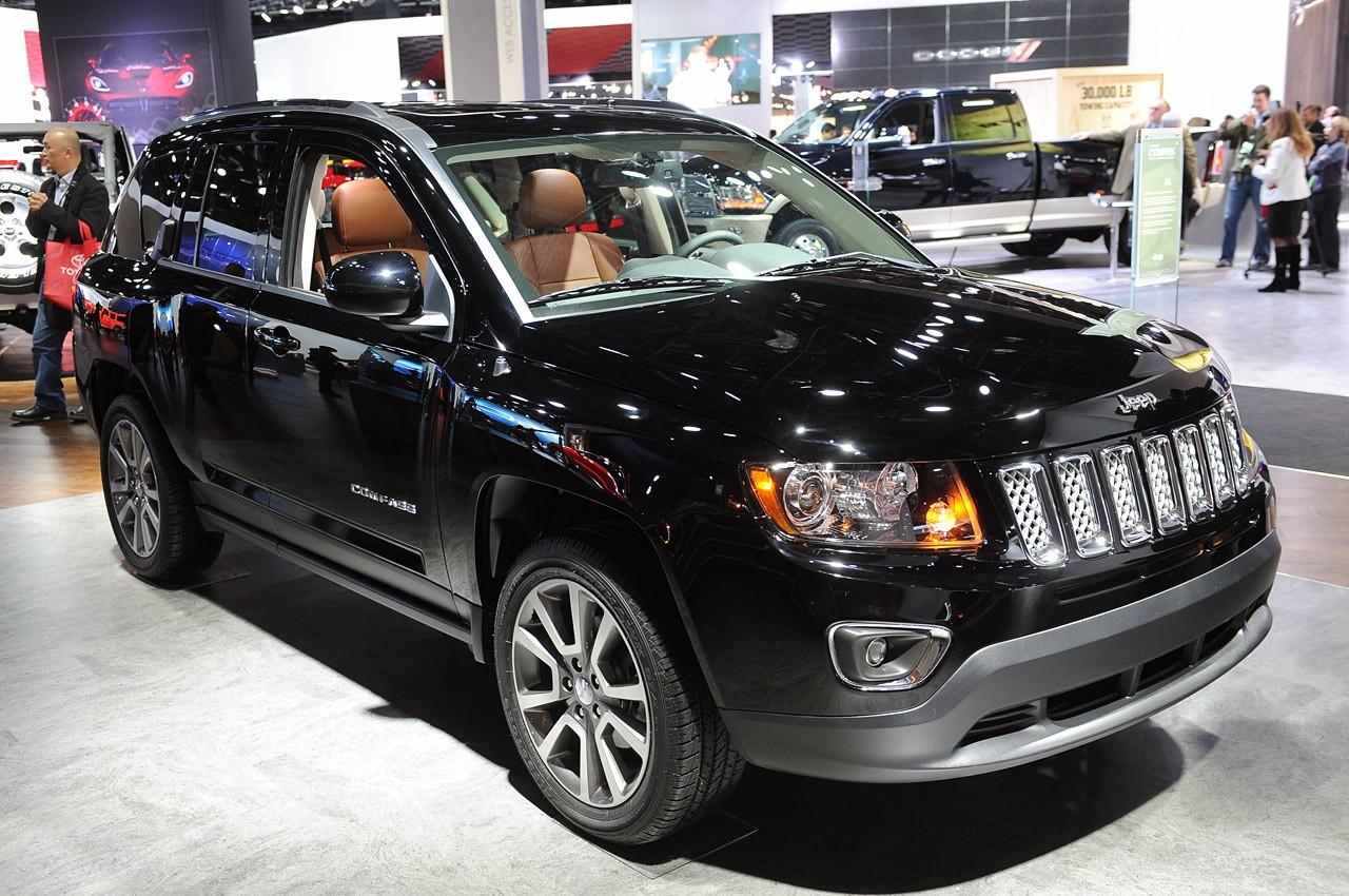 新款Jeep指南者 自由客亮相 增6AT变速箱