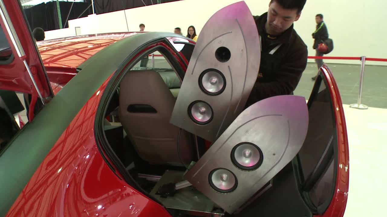 2013上海车展 莲花L3改装成打碟车