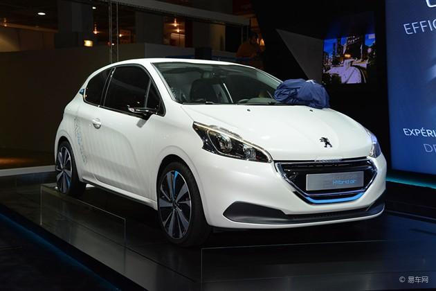 2014巴黎车展探馆 标致208 2L概念车