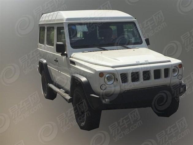 北京80两门版谍照曝光 搭载2.8L柴油引擎