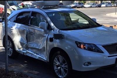 闯红灯惹祸 谷歌自动驾驶车遭严重事故