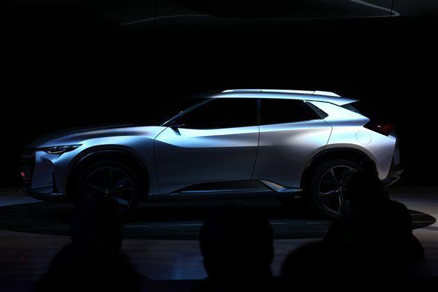 雪佛兰FNR-X概念车外观图解 全功能油电混合四驱车