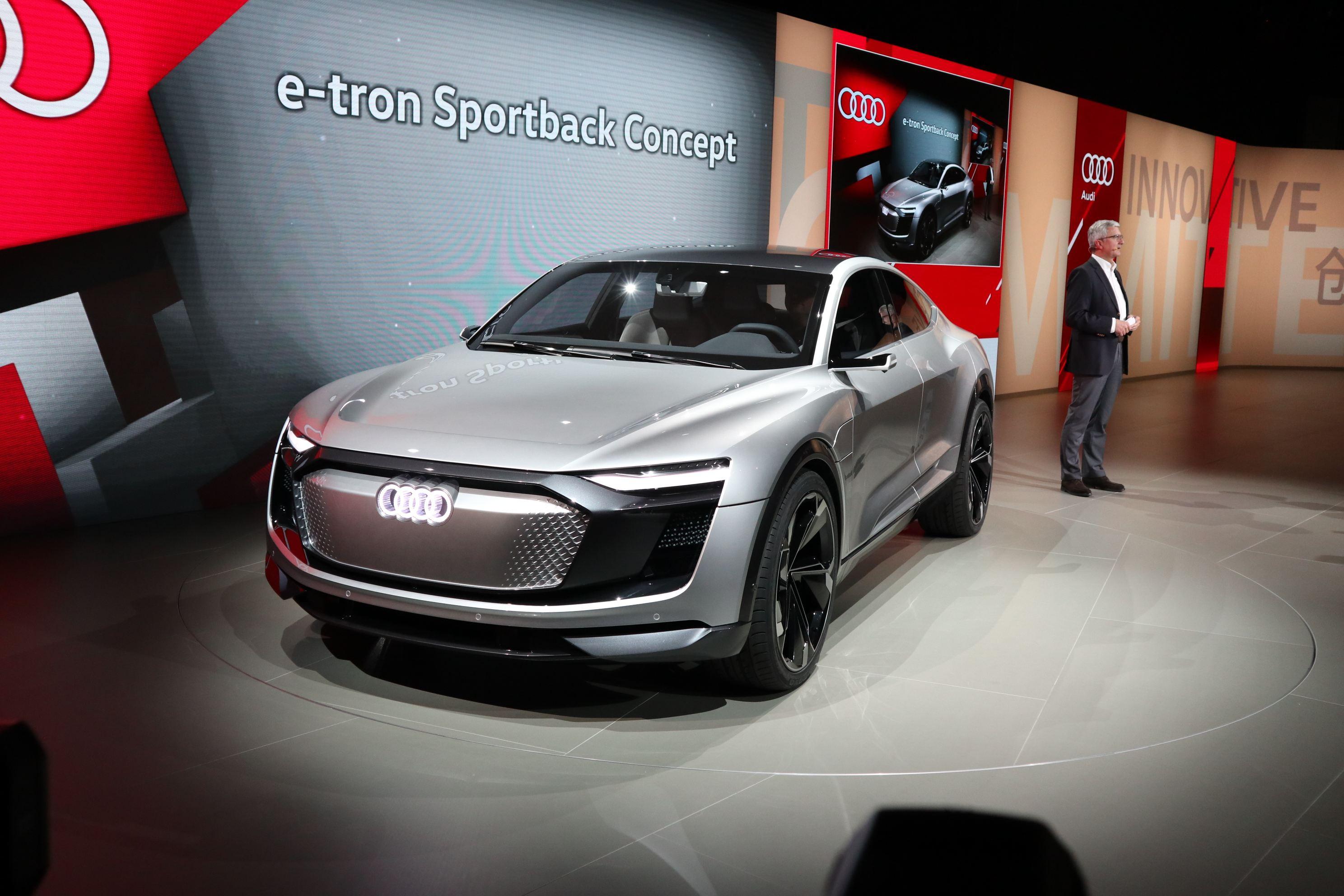 奥迪e-tron Sportback概念车图解 2019年量产/定位跨界SUV