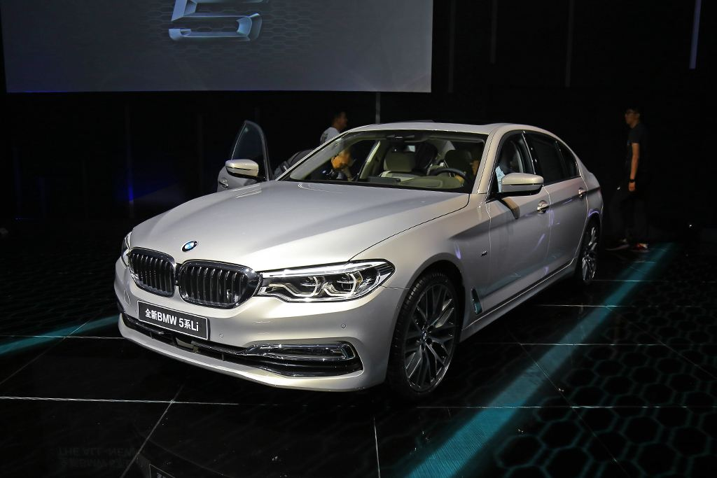 全新BMW 5系Li于2017上海国际车展全球首发
