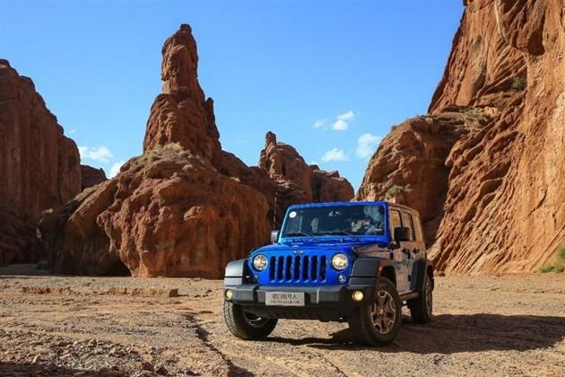 Jeep新款牧马人上市 售45.99-53.99万元