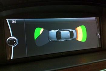 倒车雷达与倒车影像你该怎么选?