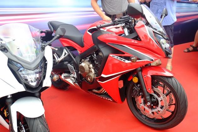 本田CB650F\CBR650F上市 9.8万元起售