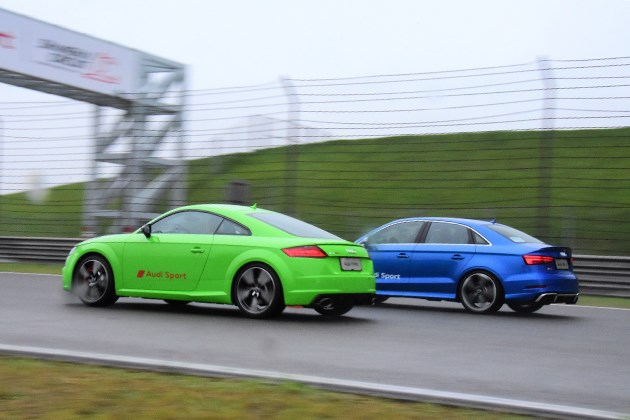 场地试驾奥迪TT RS/RS3 你比四缸多一缸