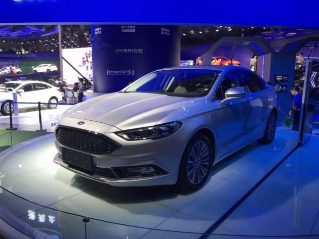 2017广州车展:长安福特新蒙迪欧插电混动版正式发布