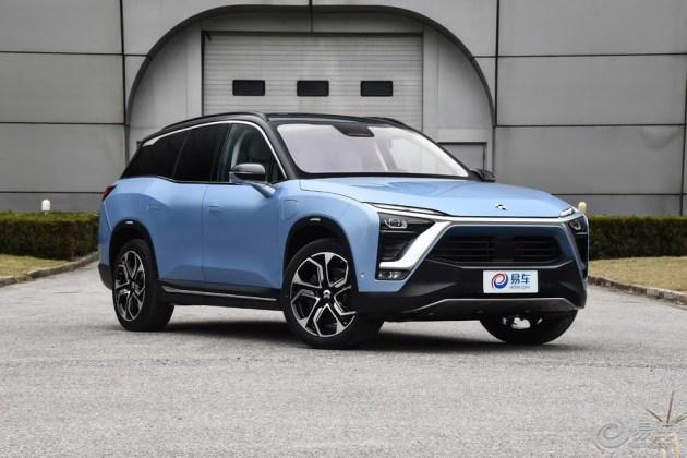 目前来看,充电式纯电动汽车是发展最为迅猛的新能源车型,由于有着政府各类的补贴与支持,纯电动汽车的销量节节攀升。不过纯电动汽车目前由于技术所限,让其优缺点都十分明显。