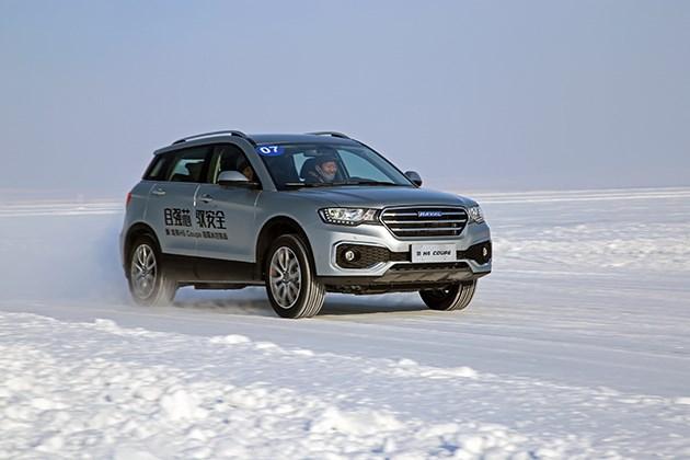 前驱也能乐趣十足 冰雪试驾哈弗H6 Coupe