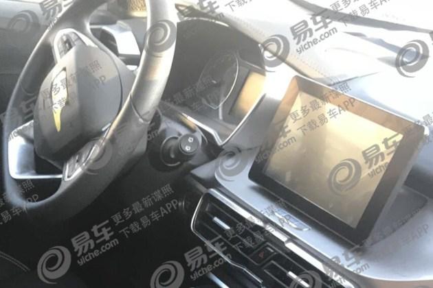 吉利缤越1.0T车型谍照曝光 配置有所降低
