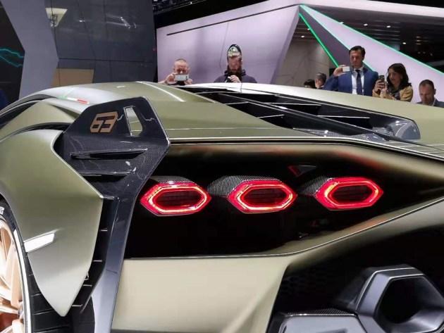 兰博基尼Sian正式亮相大众之夜 6.5升V12配备轻混