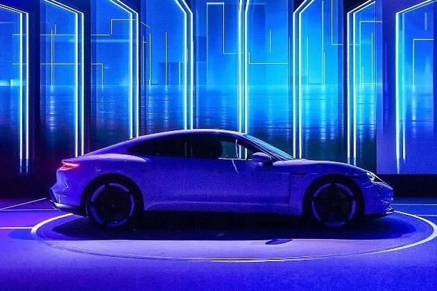 【年终策划】2019,豪华车市场的几个小趋势 | 汽车产经