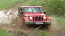 暴力测试Jeep牧马人 泥地越野玩湿身
