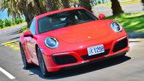 媒体全面评测 新旧款保时捷911车型
