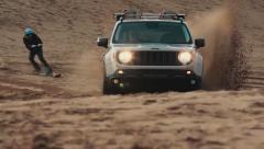 Jeep自由侠沙漠鹰特别版 飞驰滑沙
