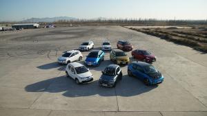 新能源车型加速对决预告片