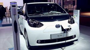 丰田IQ EV环保小车