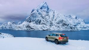 一个人一辆车 探寻北欧极光之旅