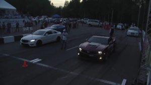 莫斯科直线加速 科迈罗对阵奔驰ML63