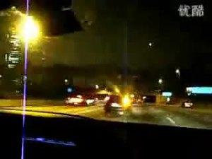 夜晚巴西街头横冲直闯的奔驰CL65-2