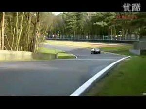 梅赛德斯奔驰CL63 AMG 赛道试驾