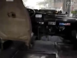 国外车友疯狂改装丰田-考斯特1