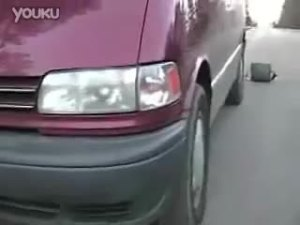 国外车友测试普瑞维亚的驾驶极限
