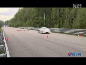 兰博基尼LP670-4 vs 柯尼塞格CCXR加速