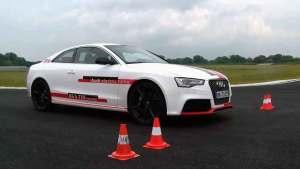 新款奥迪RS5 TDI概念车 首次路试