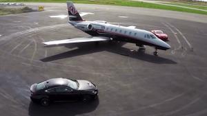 雷克萨斯RC F 机场跑道完美漂移