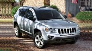 2015款Jeep指南者运动版 配2.0L发动机