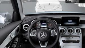 奔驰GLC级中级SUV 配备多功能方向盘