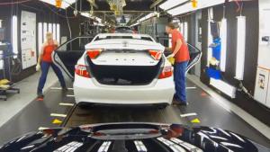 揭秘丰田美国最大工厂 热销家轿诞生地