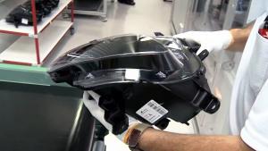 深度揭秘 Jeep自由光头灯生产过程