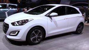 2016款现代i30柴油版 采用全新格栅设计