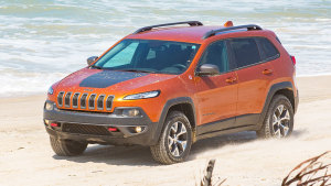Jeep自由光Trailhawk版 沙地撒欢越野