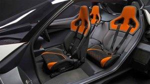 日产BladeGlider 采用1+2座椅布局