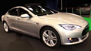 特斯拉Model S 90D 重新设计全LED大灯