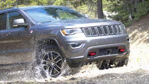 2017款Jeep大切诺基 考验涉水能力